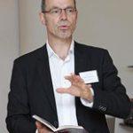 Professor für spanische und französische Literatur- und Kulturwissenschaft an der Universität Rostock